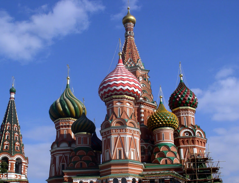 Russia-Moscow-Saint_Basil's_Cathedral