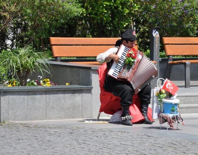 Turkish Street Artist